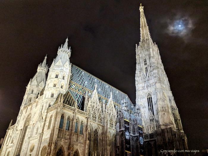 catedral Viena en la noche