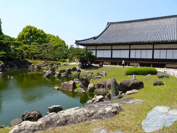 P1010214 - Palacio, Castillo y macacos en Kyoto