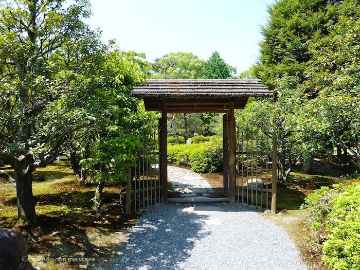 P1010251 - Palacio, Castillo y macacos en Kyoto