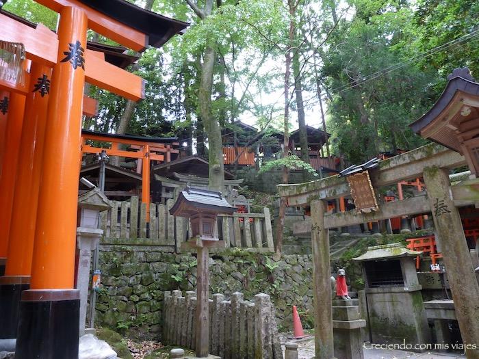 P1010586 - Fushimi Inari y Templo Plateado de Kyoto