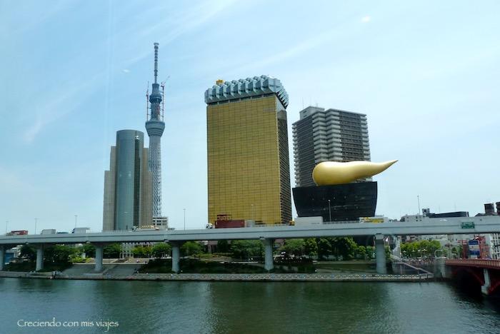 el particular edificio de Asahi