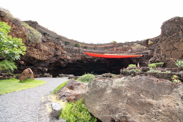 jardin de Jameos del Agua - Cueva de los Verdes y Jameos del Agua
