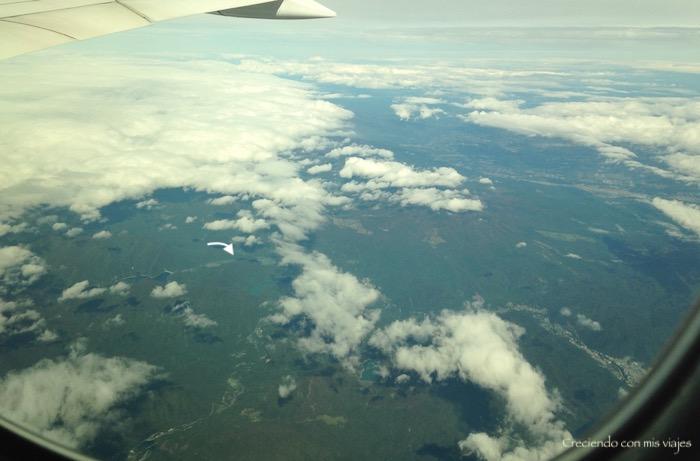 en la flecha podéis ver el cráter el Fuji y sus lagos